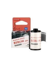 Berlin Kino B&W 35 mm ISO 400