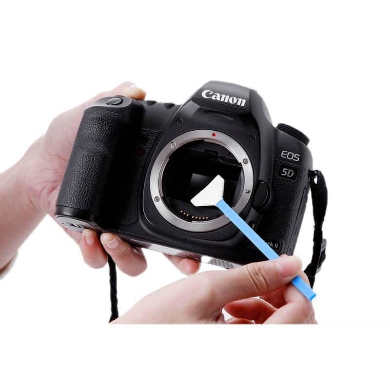 sensor reinigen bij een camera